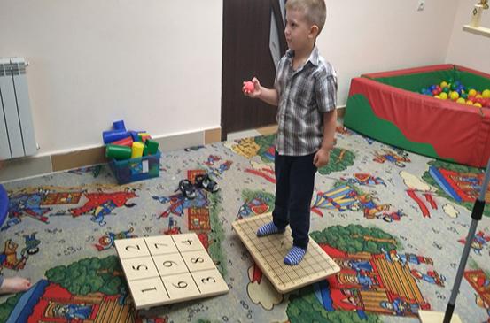ЛФК с интегрированной программой мозжечковой стимуляции и с элементами кинезиотерапии и детской кинезиологии
